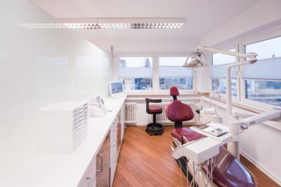 Kieferorthopäde Troisdorf - Pfalzgraf - Behandlungszimmer